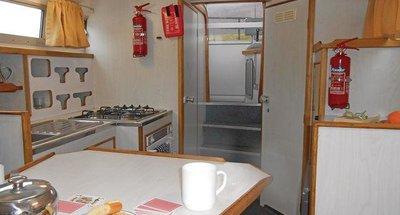 Kingfisher WHS - saloon/kitchen