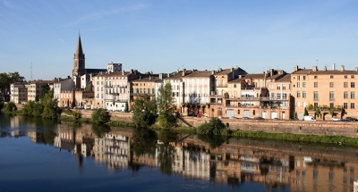 Peaceful river in Montauban