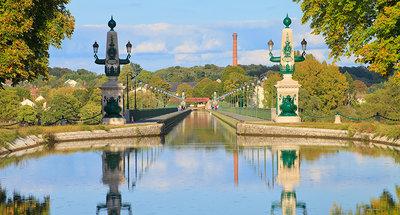 The famous Briare aqueduct
