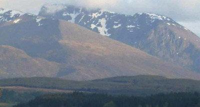 Snowy Scottish ountain scenery
