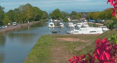Le Boat marina with flowers