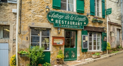 Classic French restaurant in Vézelay