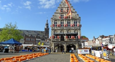 Cheese market in Gouda town square