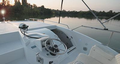 Minuetto 8+ steering position