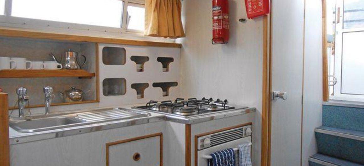 Kingfisher WHS - kitchen
