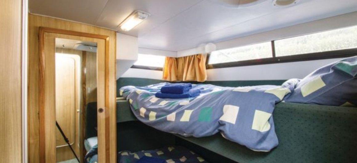 Royal Star WHS - Rear Twin cabin
