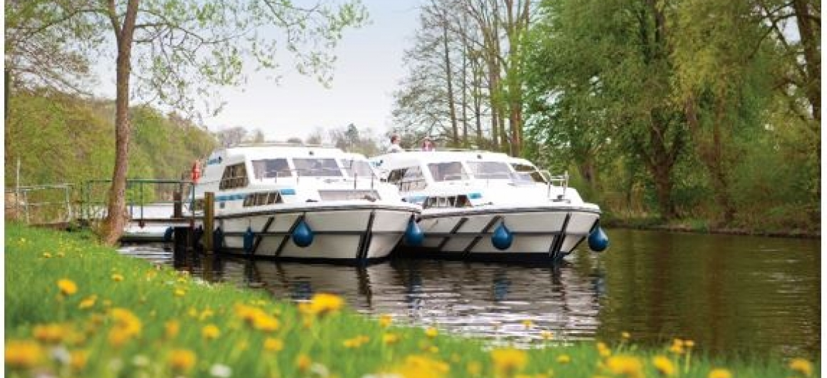 On your Le Boat Canal cruise you'll savour a traditional bier in Germany & explore the bier markets