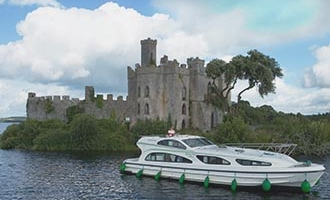 Emerald Star in front of Castle Island in Lough Key